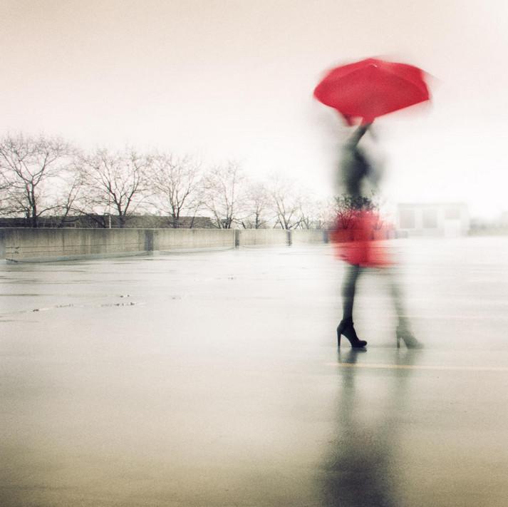 Девушка под зонтом. Tatiana Avdjiev