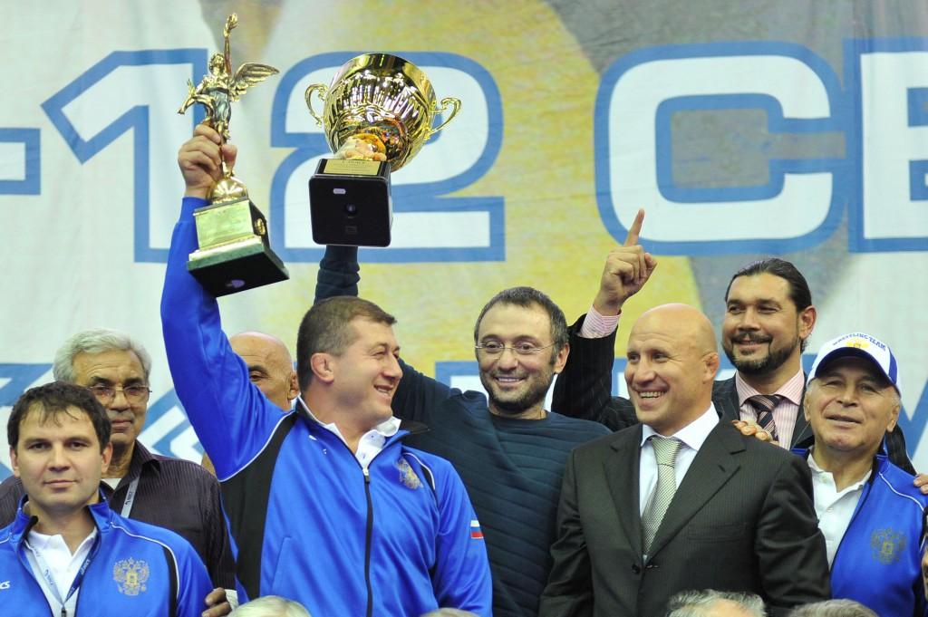 Сулейман Керимов на церемонии награждения ЧМ-2010